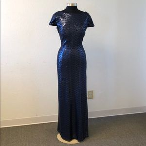 Dresses & Skirts - Navy sequin low back gown